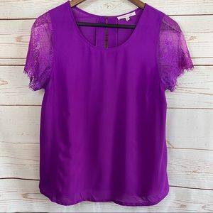 41 Hawthorne. Lace cuffed short sleeve blouse